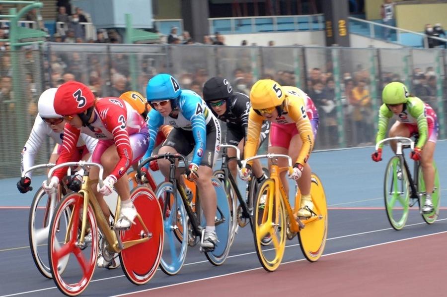 .自転車レース(ケイリン)
